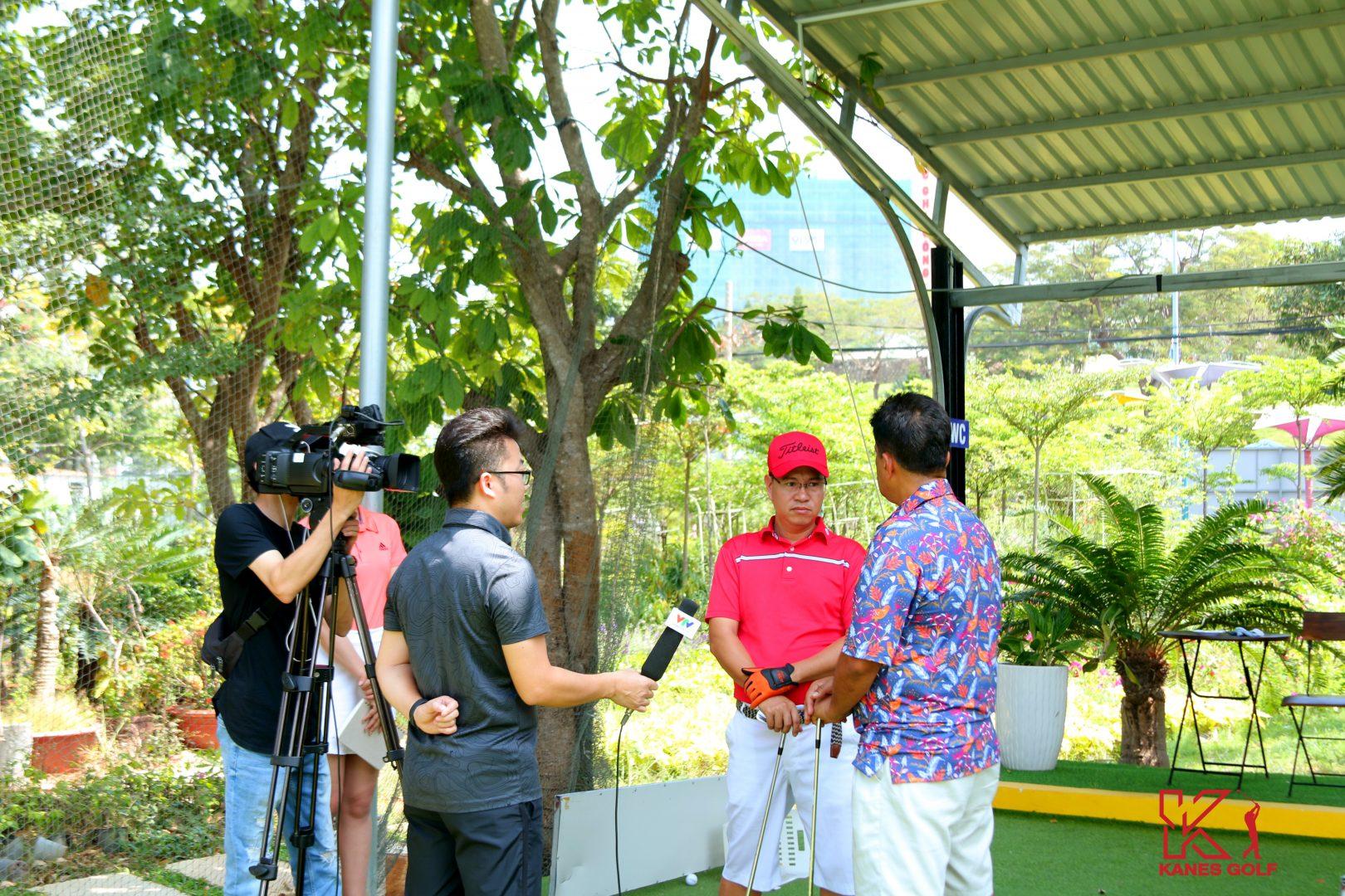 Phóng vấn một golfer nước ngoài đang theo học tại KGA